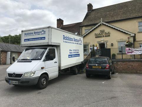 removal company swindon
